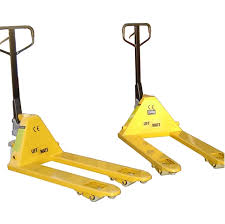 Things to Consider Before Buying Pallet Lifters